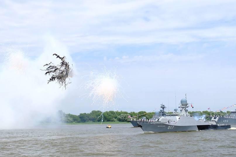 Где сегодня пройдут салюты вчесть Дня ВМФ
