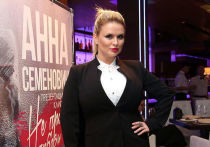 Анну Семенович занесли в «черный список» «Миротворца»