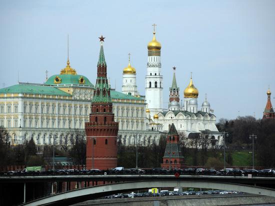 Жена священника пожаловалась на невыносимые условия богослужения в Кремле