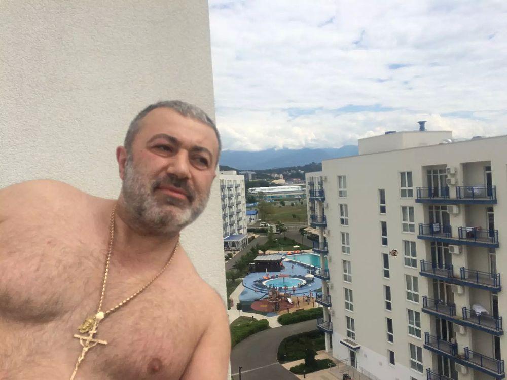 Три сестры убили отца в Москве: фото семьи