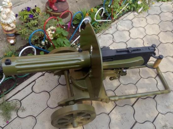 Житель Таганрога продает копию пулемета Максим за 60 тысяч рублей