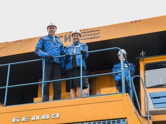 Андрей Травников посетил крупнейшего налогоплательщика региона