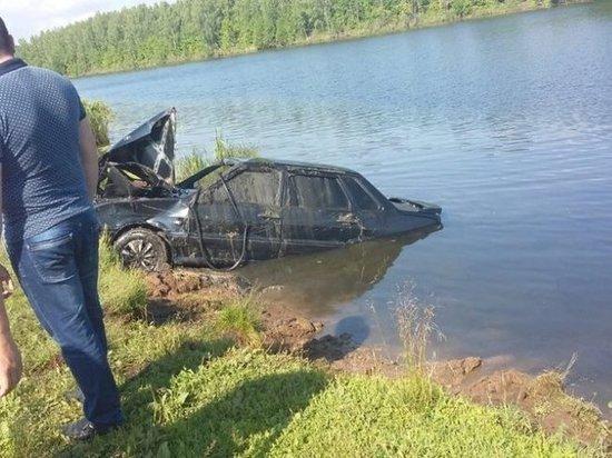 В Башкирии погибла семья, не поставив автомобиль на ручной тормоз