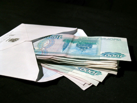 В России выросло число взяток: кто берет и сколько