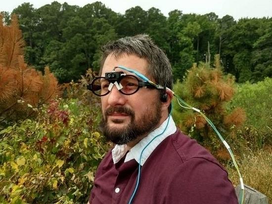 Изобретены очки с эхолокацией