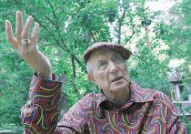 Евгений Евтушенко описал, за что его били в Америке