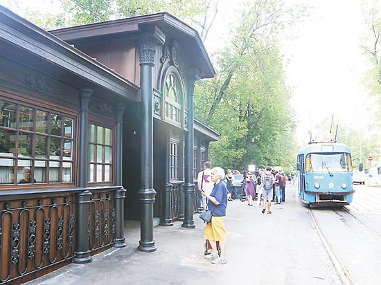 Старейшая трамвайная остановка восстановлена на севере Москвы