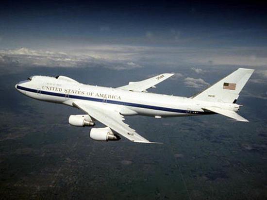 США вынуждены поменять самолеты «судного дня»: на случай ядерной войны