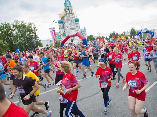 В Международном сибирском марафоне победили краснодарец и челябинка