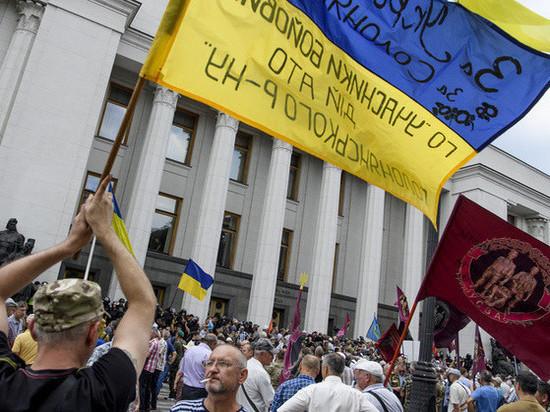 Обнищание украинцев: Незалежная боится дефолта из-за повышения цен на газ
