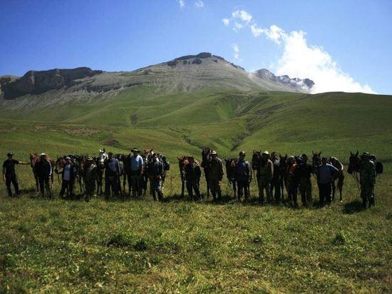 Участники конного перехода вспоминают первое восхождение на Эльбрус