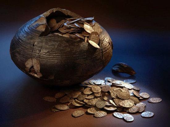 В Подмосковье нашли уникальный сохранившийся клад времён Ивана Грозного