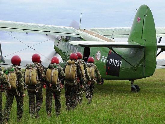 В Новосибирской области возрождают традицию парашютных сборов