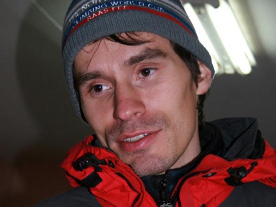 На скалодроме МАИ разбился известный альпинист, чемпион Москвы