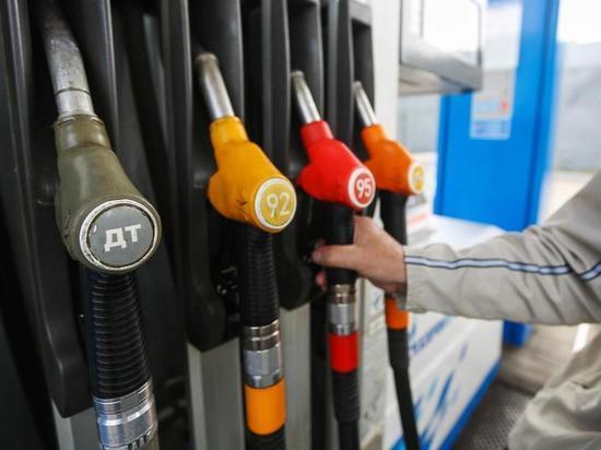 Калуга вошла в ТОП-регинов с самым дешевым бензином
