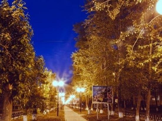 В Новодвинске подсветили главный городской променад