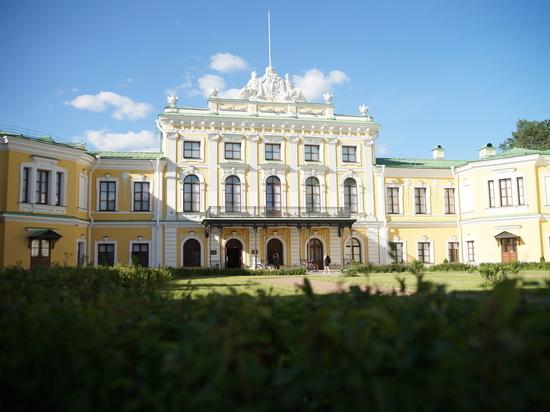 В Тверском императорском дворце открылась уникальная выставка