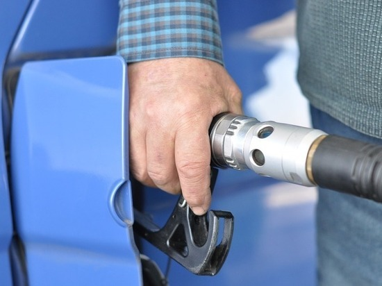 Северный Кавказ отличился недоступным по цене бензином