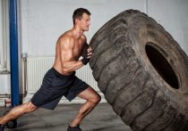 В День физкультурника в Белове будут тягать шину погрузчика