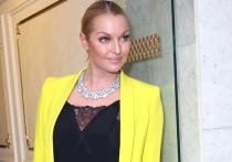 Известная балерина Анастасия Волочкова считает, что ее бывший водитель Александр Скиртач, обвиняемый в хищении у нее денег и ноутбука, должен сесть в тюрьму