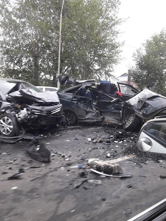 В Кургане в аварии ВАЗ-2112 и Hyundai погиб мужчина