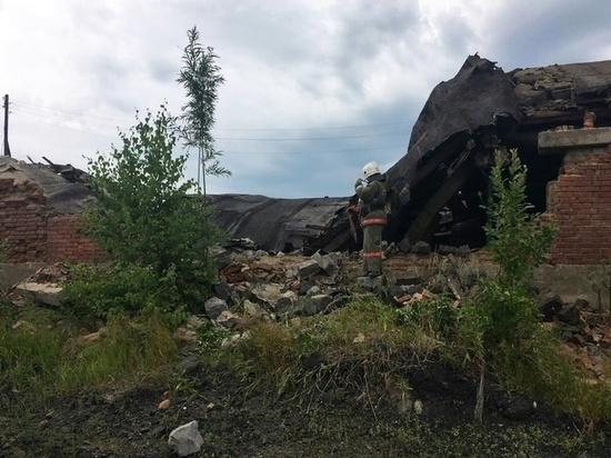 В Колпашево при разборе заброшенного здания погиб 15-летний школьник