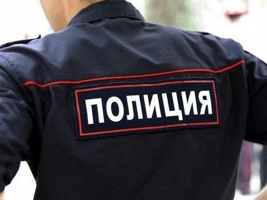 Московского полицейского задержали за секс с восьмиклассницей