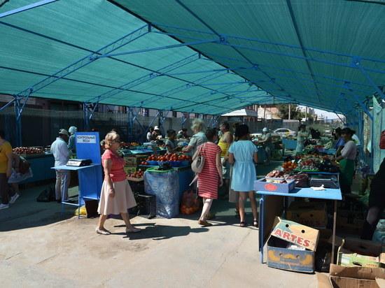 В Астрахани появился новый сезонный рынок