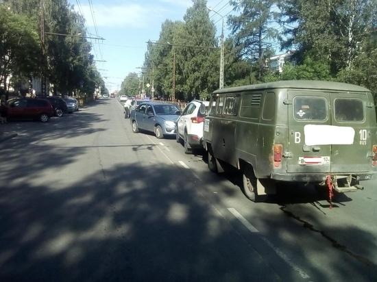 Петрозаводчанин пострадал в групповом ДТП, которое сам устроил