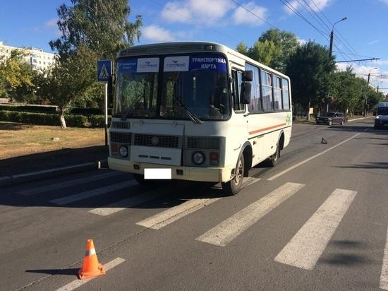 В Оренбурге пассажирский автобус сбил девушку на пешеходном переходе