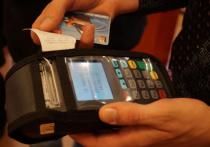 Хабаровчан обманывают с оплатой по безналу в автобусах