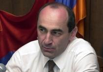 СМИ: Суд принял решение о незаконности ареста экс-президента Армении Кочаряна