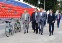 Алексей Дюмин проконтролировал ремонт стадиона в Кимовске