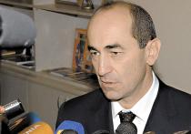 Новая волна протестов в Армении: толпа недовольна освобождением экс-президента Кочаряна