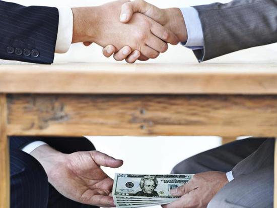 К чему приведут Оренбуржье коррупционные скандалы