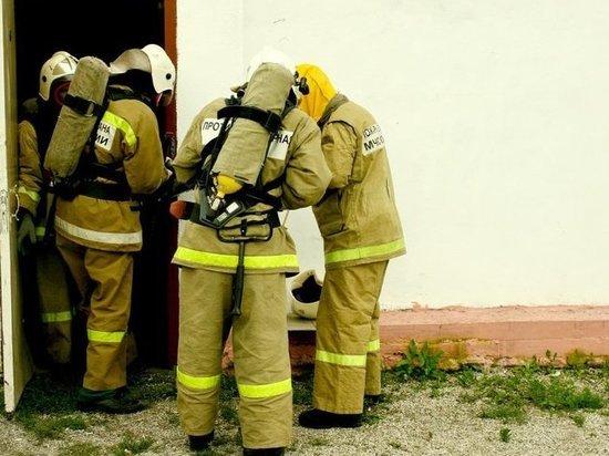 Крупный пожар произошел в приморском поселке