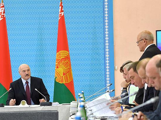 """""""Пофигистическое правительство"""": причиной гнева Лукашенко назвали Путина"""