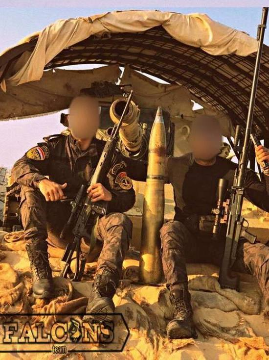 Снайперы в Египте позируют с винтовками тульских оружейников