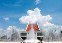 Музтеатр готовит омичам атмосферную встречу у фонтана