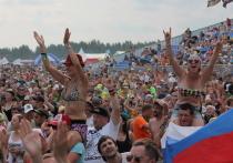 В этом году рок-фестиваль «Нашествие» выдался по-настоящему жарким
