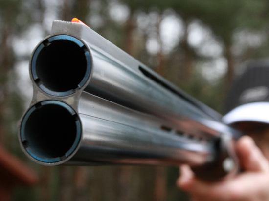 На востоке Москвы мужчина расстрелял двух человек и себя