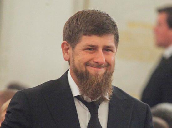 Лукашенко наградил Кадырова орденом за лом металлов