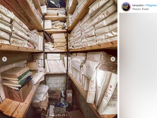 Заброшенное здание УФМС с личными документами россиян проверят следователи