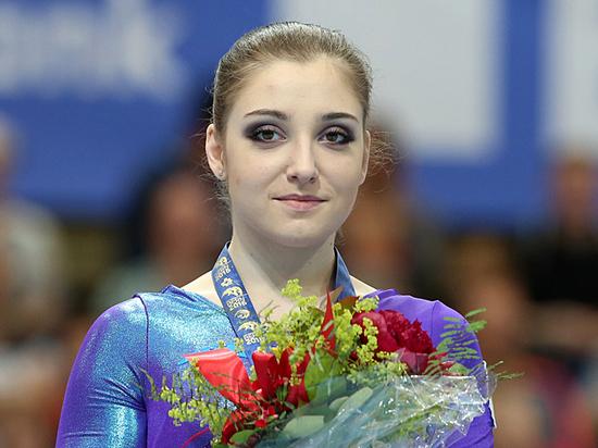 Гимнастка Алия Мустафина решила вернуться в спорт: уже с дочкой
