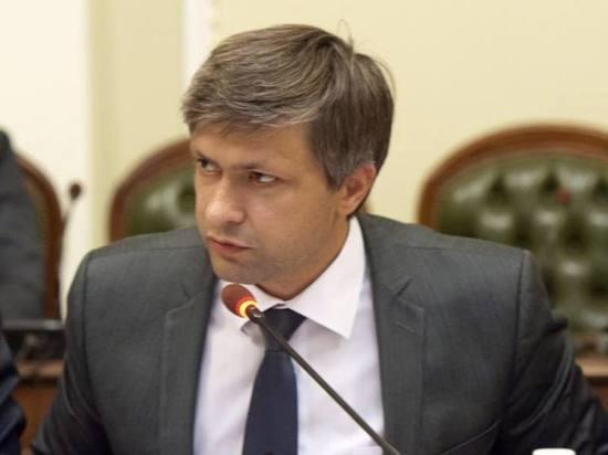 Киев снова задумался о введении виз для россиян