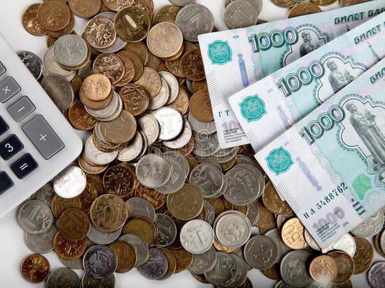 Средняя зарплата в Кирове составила почти 27000 рублей
