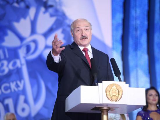 «Путин знает как облупленного»: Лукашенко пообещал, что Белоруссия не станет вассалом