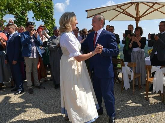 Путин посетил свадьбу жесткого критика Меркель: обиделась ли канцлер
