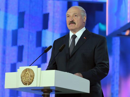 Политологи объяснили катаклизмы в Белоруссии: новое правительство является номинальным