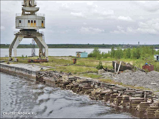 Похоже, власть открыто признала, что глубоководный порт на Белом море никому не нужен